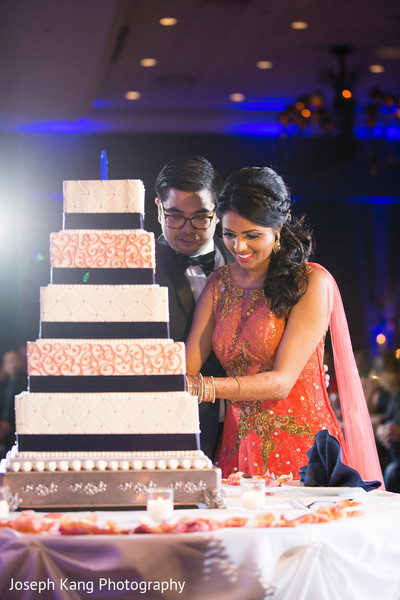 indian wedding cakes,tier cake,square cake