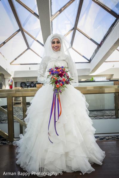 indian bridal fashions,indian bridal bouquet