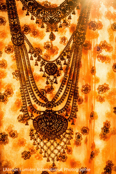 indian wedding lengha,indian bridal fashions,ceremony fashion,indian bridal jewelry