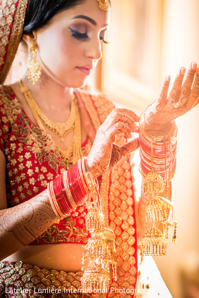 sikh bride,indian wedding jewelry,indian bridal hair and makeup,indian bridal fashions