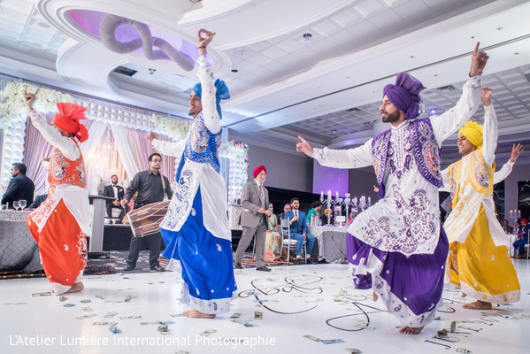 bhangra dance,indian wedding reception,indian wedding performance,indian wedding dance
