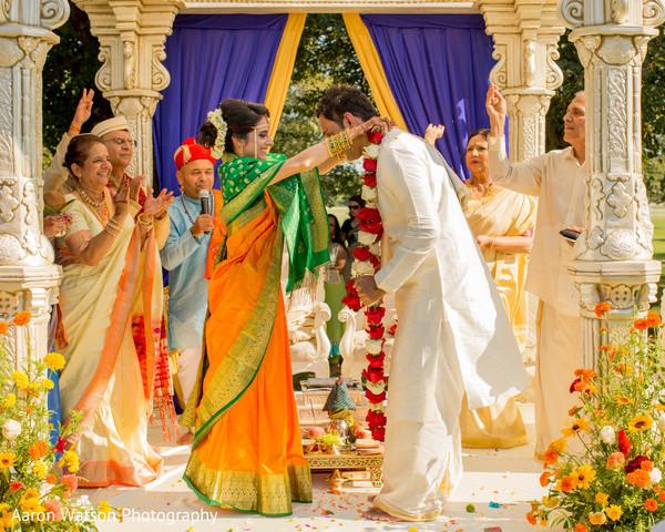 indian bridal fashions,indian groom fashion,jaimala,indian wedding