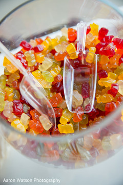 gummy bears,candy station,wedding candy station