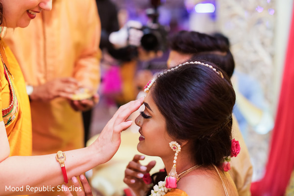 indian wedding photography,indian bride,indian sangeet,indian pre-wedding celebrations