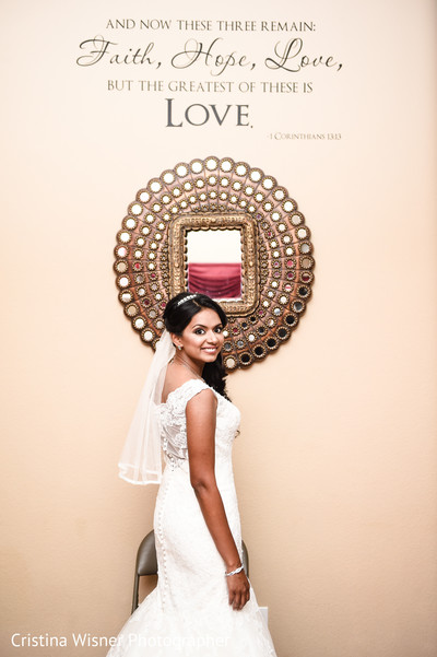 indian bride,indian wedding portrait,indian wedding gowns