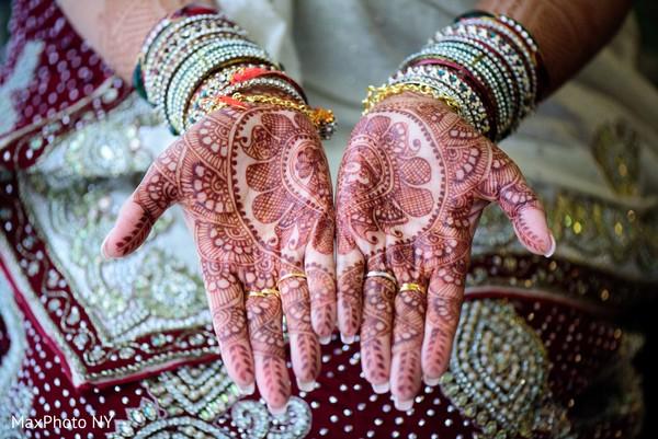 indian wedding mehndi,indian wedding mehndi party,indian wedding