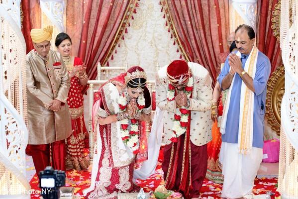 indian groom,indian bride,indian wedding ceremony
