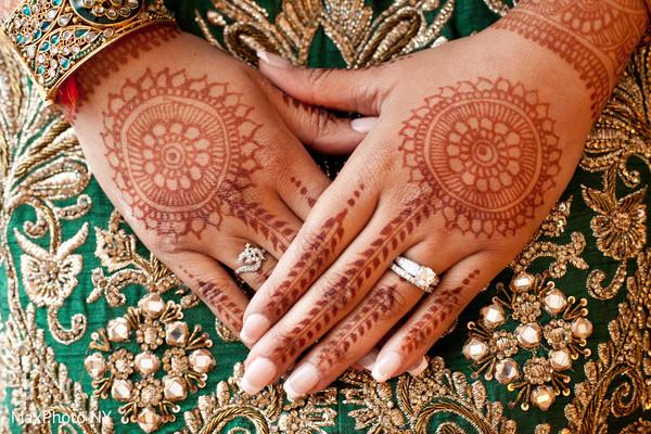 indian wedding mehndi,indian wedding henna,mehndi night