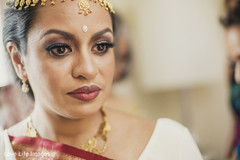 indian bride hair and makeup,indian bridal jewelry,indian bridal fashions