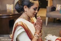 indian wedding mehndi,indian bride makeup,indian bride