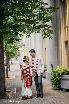 indian wedding ceremony floral and decor,indian bridal jewelry,indian groom fashion