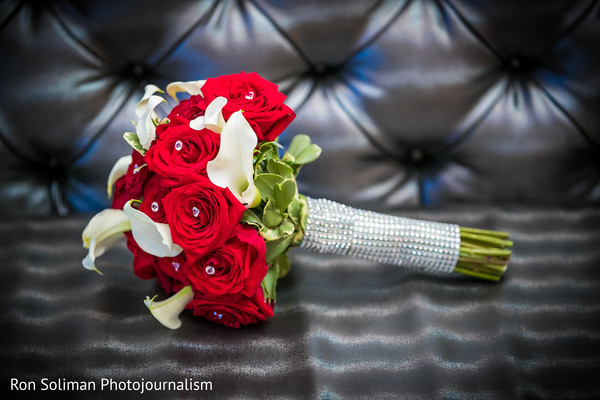 indian bridal bouquet,indian wedding photography