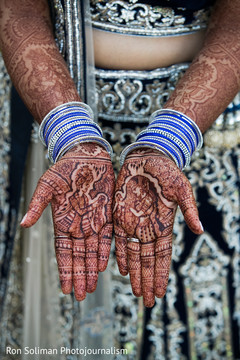 indian bride,indian wedding mehndi,indian wedding henna