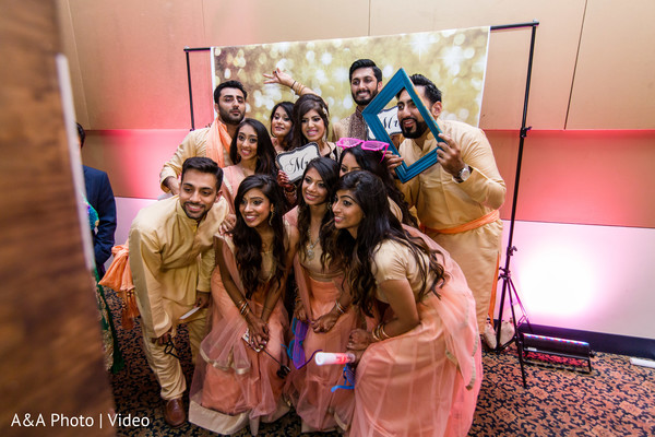 indian wedding portrait,indian wedding photography,photobotth