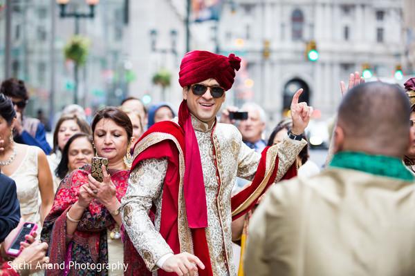 indian wedding baraat,indian pre-wedding celebrations,indian groom