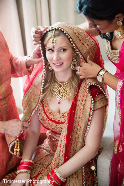 bridal tikka,indian bridal lengha,indian bride getting ready