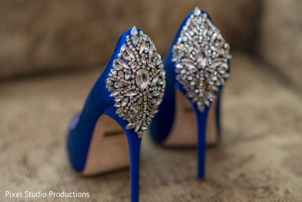 indian wedding shoes,indian shoes,indian bridal fashions