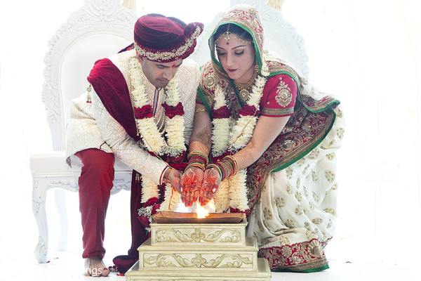 indian wedding,traditional indian wedding