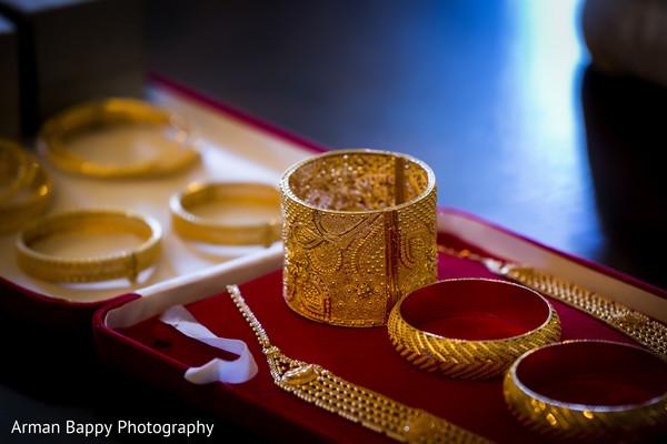 Beautiful bridal jewelry set