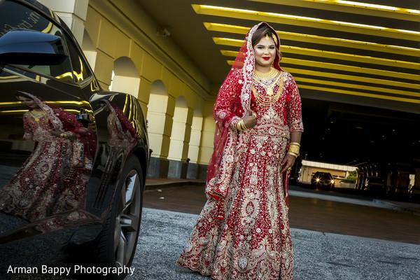 Gorgeous Bengali bride