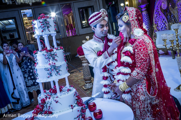 indian wedding cakes,tier wedding cake