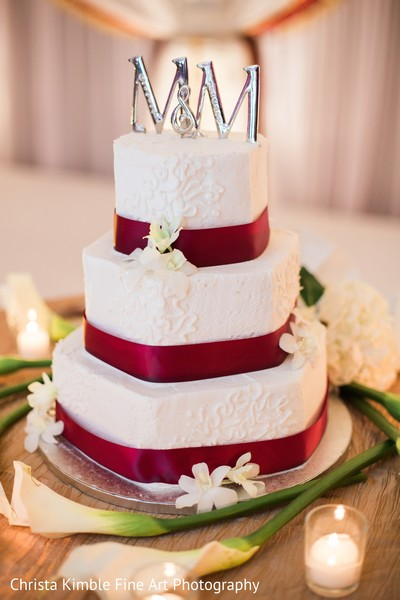 indian wedding,indian wedding reception floral and decor,indian wedding cakes