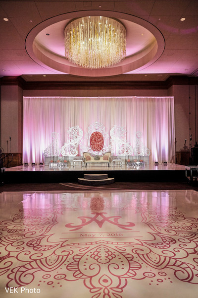 lightning,indain wedding reception photography,indian wedding reception
