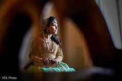bridal tikka,indian wedding mehndi,indian bridal lengha