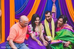 indian bridal mehndi,indian wedding henna,indian wedding mehndi party,indian bride,indian groom