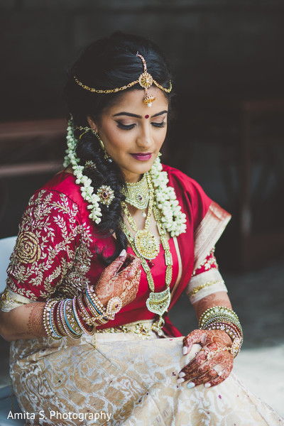 indian bride,indian wedding portrait,indian bride makeup