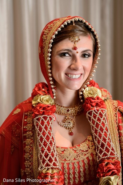 indian bride,ceremony fashion