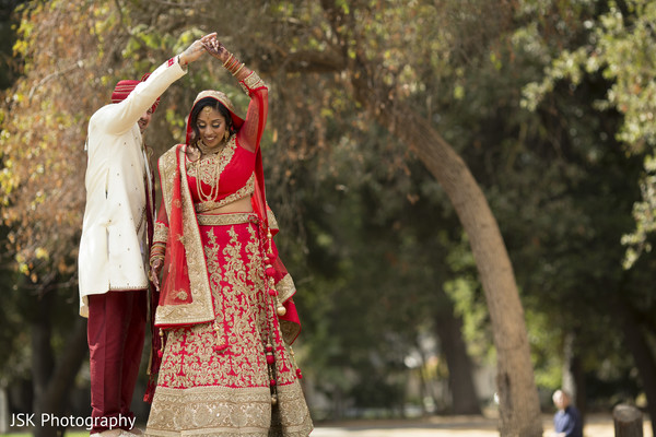 indian wedding gallery,indian bride ceremony fashion,outdoor photography