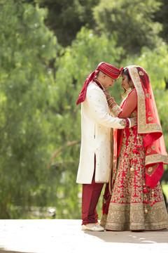 indian groom turban,indian bridal lengha,bride bangles