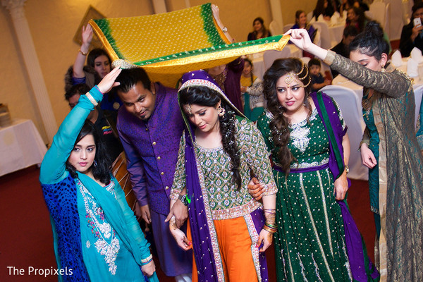 indian sangeet,indian sari
