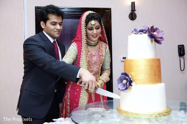 indian wedding cakes,indian wedding