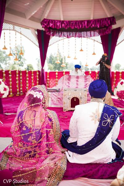 Amazing sikh wedding ceremony design.