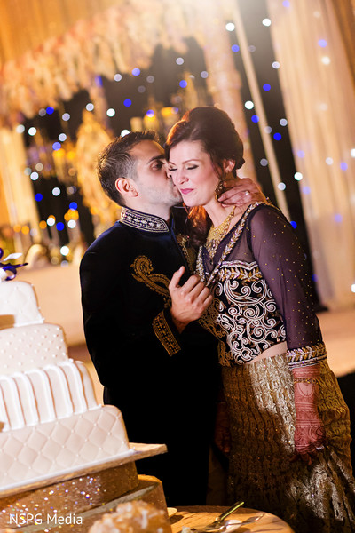 indian bridal fashions,indian wedding cakes