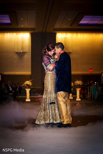 indian bride and groom first dance,indian wedding,indian fusion wedding
