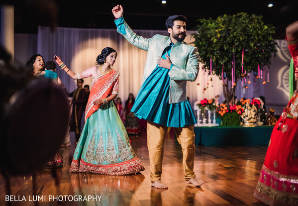 indian wedding dance,garba