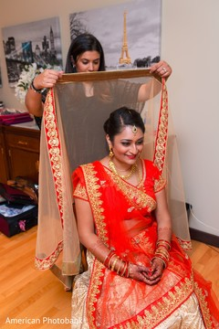 indian bride,geting ready,ceremony fashion,indian bridal henna