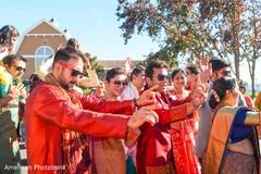 indian wedding baraat,indian wedding photography,indian groomsmen
