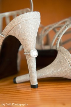 bride jewelry,indian engagement ring,indian wedding shoes