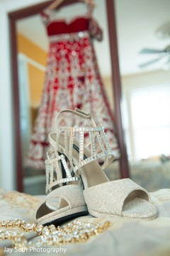 bride jewelry,indian wedding shoes,indian bride getting ready