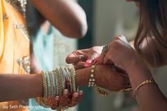 indian bride,indian bride makeup,indian bridal jewelry