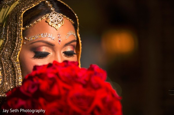 indian bride,indian bride makeup,indian bridal bouquet