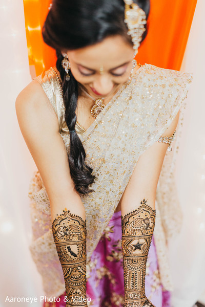 Amazing henna designs in San Diego, CA Indian Wedding by Aaroneye Photography