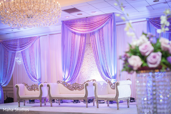 Gorgeous wedding stage colors