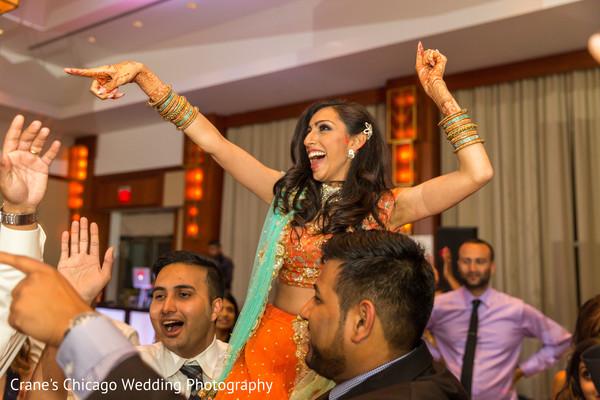 indian bridal lengha,indian wedding lengha,indian bridal fashions