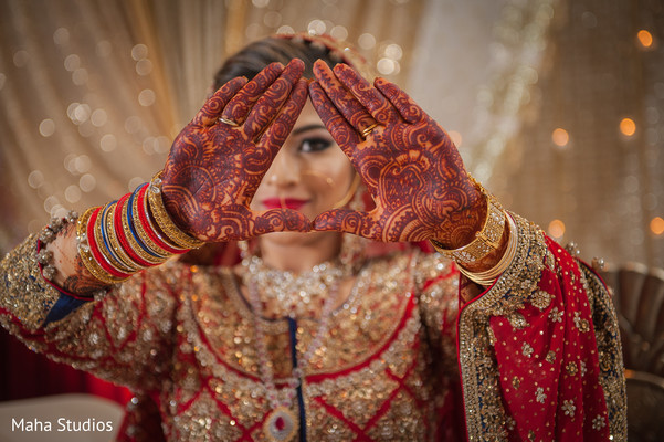 pakistani bride,indian bridal mehndi,mehndi artist