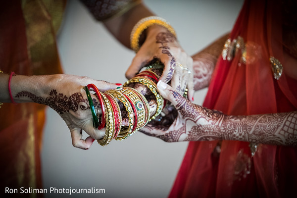 indian bridal bangles,indian bridal jewelry,indian bridal mehndi